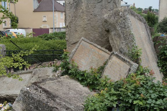 WW1 Memorial destroyed by Germans in WW2